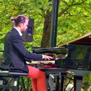 koncerty letnie w Dworze Biskupim